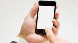 Les Canadiens choisissent leurs appareils mobiles pour surfer sur