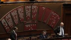 Jobs act: Italia divisa sulla fiducia al governo
