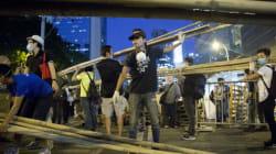 Hong Kong: la police critiquée après les violences