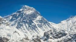 Népal: la météo force l'arrêt des recherches