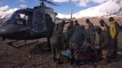 Avalanches au Népal: au moins 25 morts dont quatre Canadiens