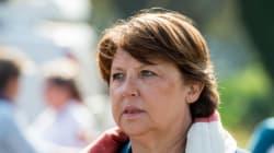 Aubry éreinte la politique de Hollande et se pose en chef des