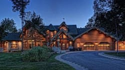 À vendre: «chalet en bois rond» à 4,5 millions $ près de Québec!
