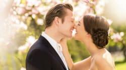 Mariages dispendieux, mariés