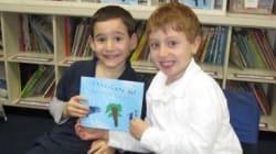 A 7 anni scrive un libro per l'amico malato. Raccoglie un milione di