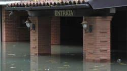 Piena del Po, paura a Mantova. Evacuate 1000 persone sulla sponda