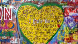 Un hommage à John Lennon disparu, mais vite