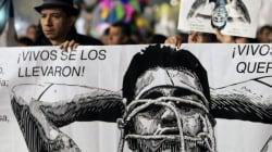 La marcia di Città del Messico per i 43 studenti scomparsi