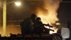 A Ferguson i poliziotti sembrano marines
