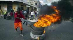 Des milliers d'Haïtiens manifestent pour des élections