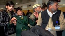 Attentat meurtrier dans une école au Pakistan: les talibans vs