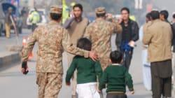 Les talibans attaquent une école au Pakistan et font 141 morts dont 138