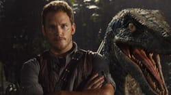 Chris Pratt And A Velociraptor Wish You Happy