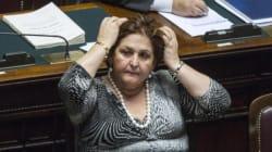 Teresa Bellanova messa sotto