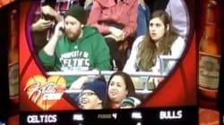 Un couple se dispute lors d'une «Kiss Cam» en direct pendant un match de la NBA