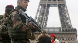 Attentats terroristes en France: cinq personnes détenues sont