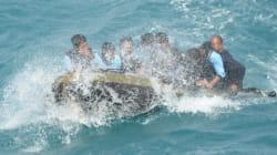 Air Asia : les plongeurs remontent une des deux boîtes noires de
