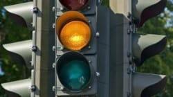 Al semaforo il giallo durerà 3