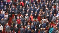 Minute de silence et Marseillaise: un beau moment de recueillement à