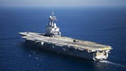 Le chef du Pentagone pour la première fois sur un porte-avions