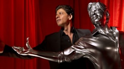 Shah Rukh Khan Has A New Toy To Play With And He Is Mighty