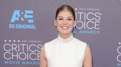 Rosamund Pike Makes Turtlenecks Look