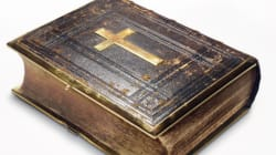 Pourquoi il ne faut pas lire la Bible au pied de la