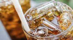 Un lien entre trop de boissons sucrées et l'apparition précoce des
