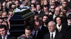 Des centaines de personnes à Athènes pour enterrer Demis