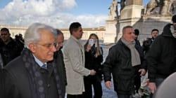 Mattarella, prima domenica da presidente. A messa a piedi per rispettare il blocco del