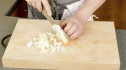 Sem choro: saiba como cortar uma cebola em 5