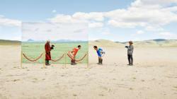 「過去をのぞきこむ」写真集から分かる、モンゴルの砂漠化の現状(画像)