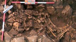 Un couple préhistorique retrouvé enlacé après 6000 ans sous