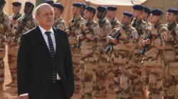 Le Drian, général en chef de la Hollandie, VRP du