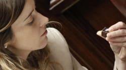 Occhi stanchi e cioccolatini: la lunga notte alla Camera di Maria Elena Boschi