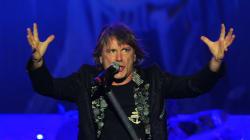Le chanteur d'Iron Maiden annonce qu'il souffre d'un