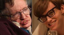 Stephen Hawking félicite Eddie Redmayne pour son