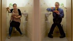 Allattare i propri figli in bagno è ipocrita. Questa lo