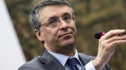 Cantone vuole cambiare la legge Severino sull'abuso