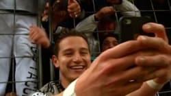 Le dernier chic pour célébrer un but? Prendre un selfie en plein