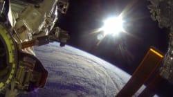 Des astronautes filment leur sortie dans