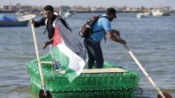 Ces jeunes Palestiniens voguent... sur des bouteilles en