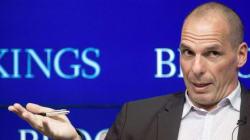 Athènes met (habilement) Varoufakis sur la