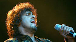 Sonu Nigam And Zee Network Have Locked Horns In An All-Out Twitter