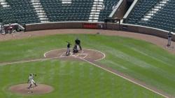 Voici de quoi a l'air un match de baseball professionnel devant zéro spectateur