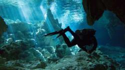 8 des plus spectaculaires grottes marines du monde