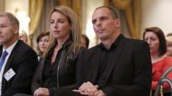 La femme du ministre grec des Finances a-t-elle inspiré une chanson de Pulp