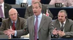 Contrairement à ce qu'il avait promis, le chef des europhobes britanniques ne démissionne