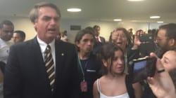 ASSISTA: Alunas do Ensino Médio colocam Bolsonaro contra a