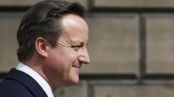La scure di Cameron sul settore pubblico: tagli per 100mila